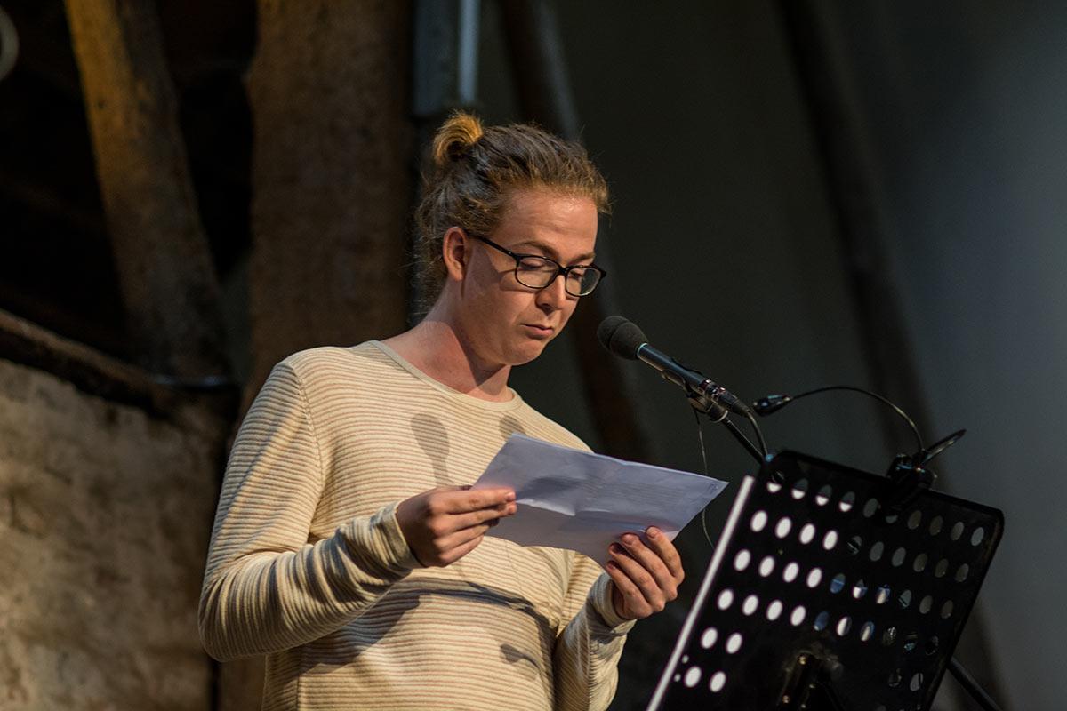 Obe Alkema - Dichter op de Deel 2017 - Fotografie: Jeroen van der Kalllen
