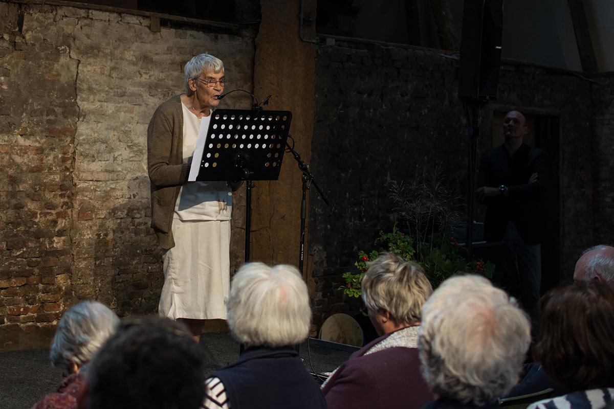 Aggie van der Meer - Dichter op de Deel 2017 - Fotografie: Jeroen van der Kalllen